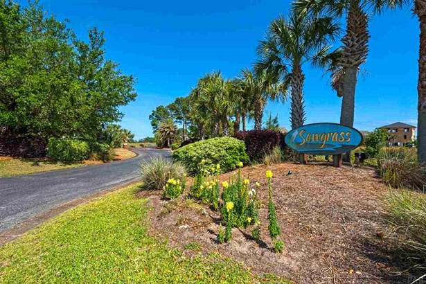 RES DETACHED, CONTEMPORARY - GULF BREEZE, FL (photo 5)