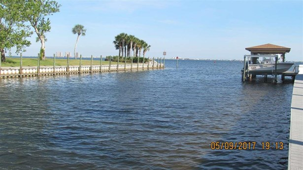 RESIDENTIAL LOTS - GULF BREEZE, FL (photo 3)