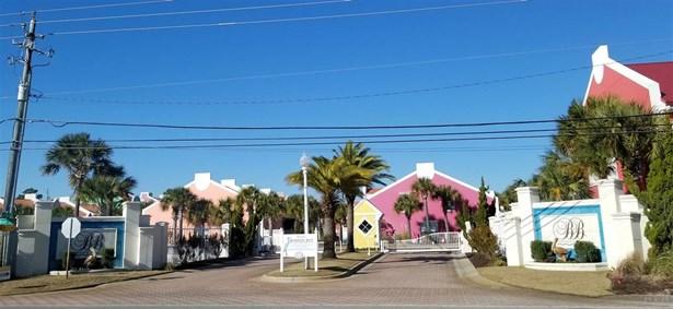 CONTEMPORARY, RES ATTACHED - PENSACOLA, FL (photo 3)