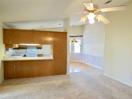 RES DETACHED, TRADITIONAL - PACE, FL (photo 5)