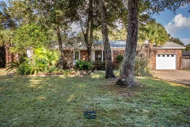 RES DETACHED, TRADITIONAL - NAVARRE, FL (photo 2)