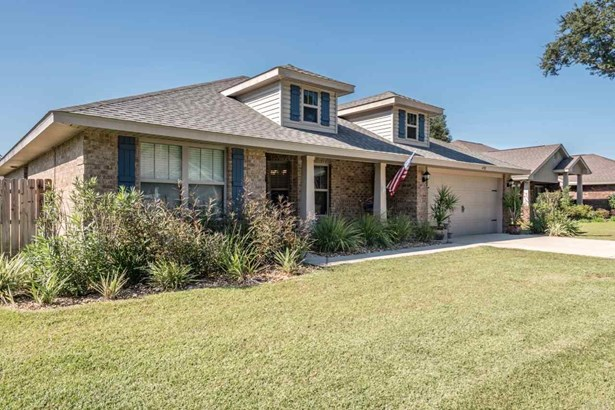 RES DETACHED, TRADITIONAL - PACE, FL (photo 2)