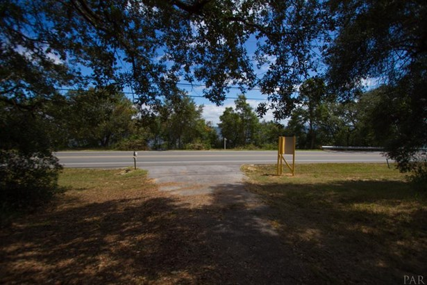 LAND/ACREAGE - PENSACOLA, FL (photo 2)