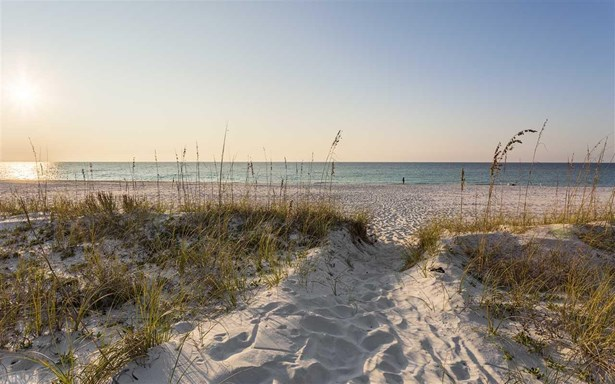 CONTEMPORARY, RES ATTACHED - NAVARRE BEACH, FL (photo 1)