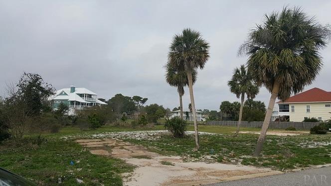 RESIDENTIAL LOTS - PENSACOLA, FL (photo 1)