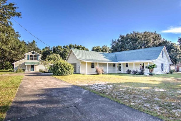 RES DETACHED, COUNTRY - PACE, FL