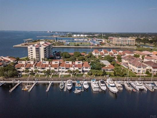 CONDO, TRADITIONAL - PENSACOLA, FL (photo 1)
