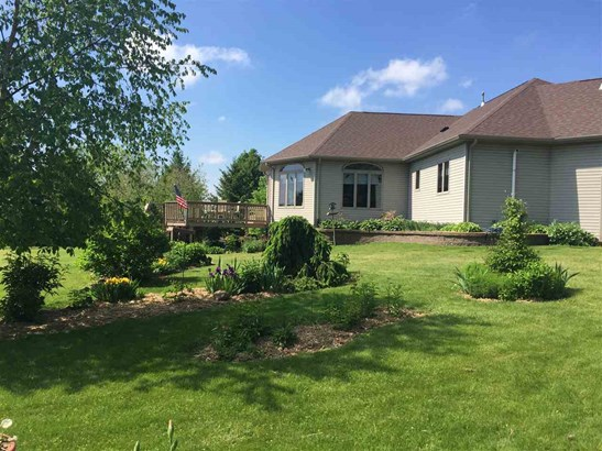 1 Story, Residential - LARSEN, WI (photo 3)