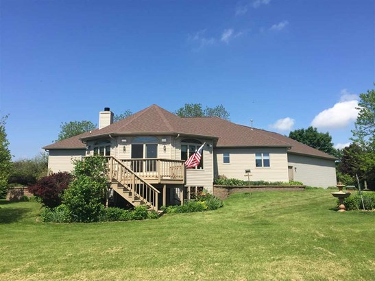 1 Story, Residential - LARSEN, WI (photo 4)