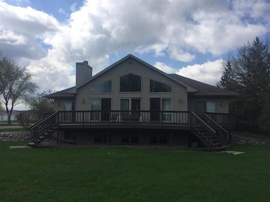 1 Story, Ranch - Winneconne, WI (photo 4)