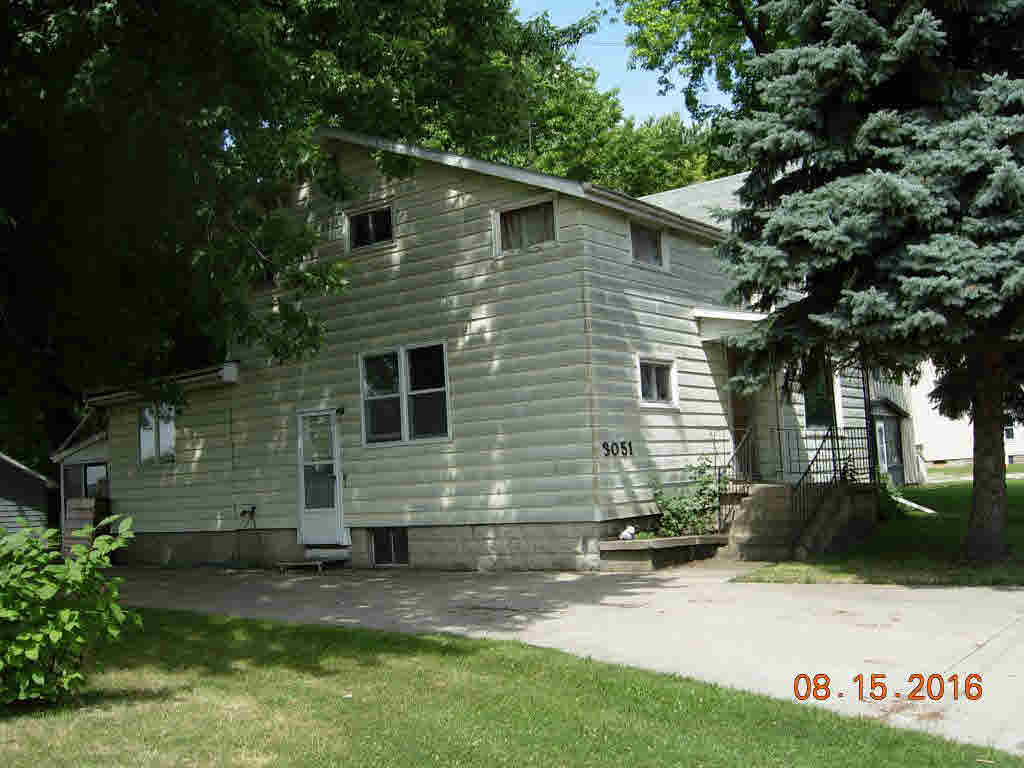 2 side by side,2 Story, Duplex (2 Unit) - OSHKOSH, WI (photo 1)