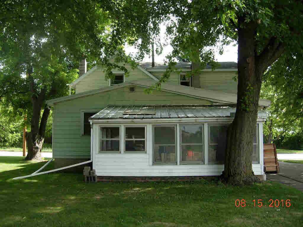 2 side by side,2 Story, Duplex (2 Unit) - OSHKOSH, WI (photo 3)