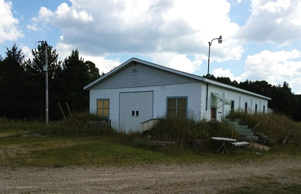 1 Story, Residential - WILD ROSE, WI (photo 5)