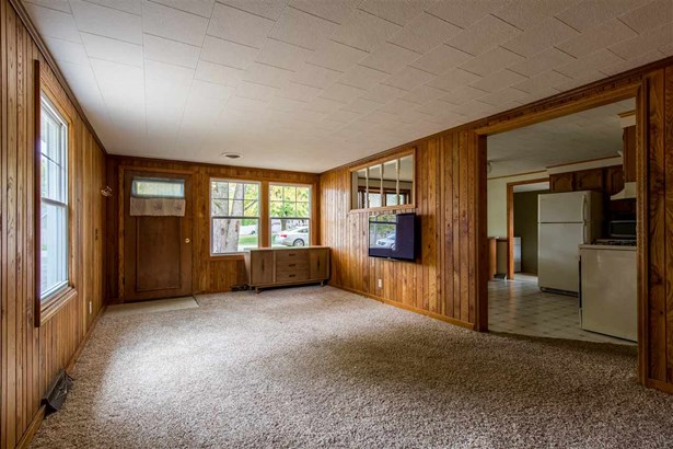 1 Story, Residential - WINNECONNE, WI (photo 3)