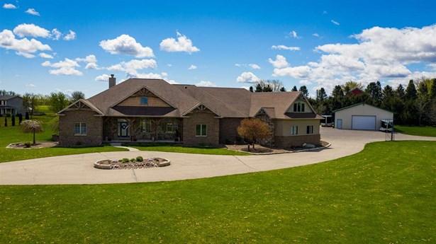 1 Story, Ranch - Winneconne, WI