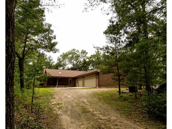 1 Story, Residential - WILD ROSE, WI (photo 4)