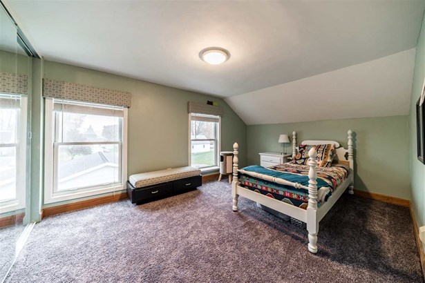 1.5 Story, Residential - NEW LONDON, WI (photo 5)