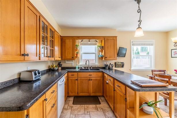 1.5 Story, Residential - APPLETON, WI (photo 4)