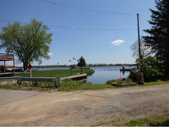 1 Story, Ranch - Winneconne, WI (photo 3)