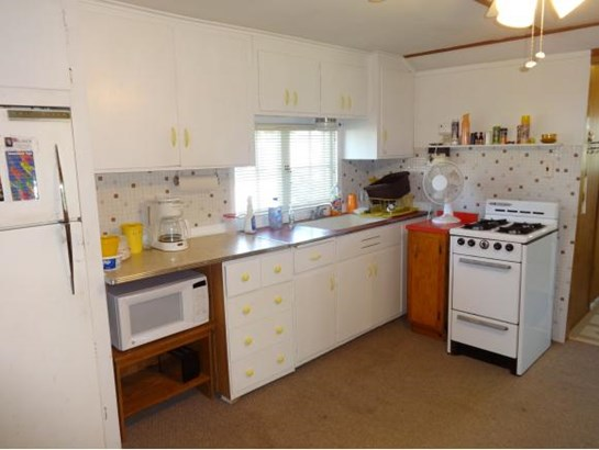 1 Story, Ranch - Winneconne, WI (photo 5)