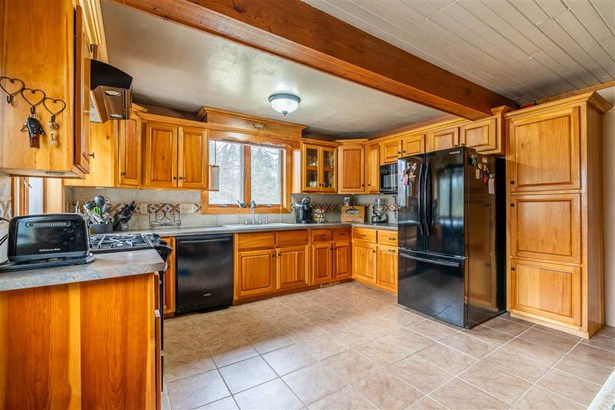 1 Story, Ranch - Redgranite, WI (photo 4)