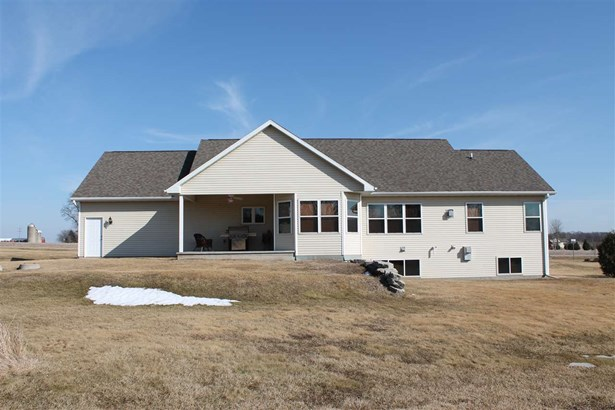 1 Story, Residential - FREMONT, WI (photo 2)