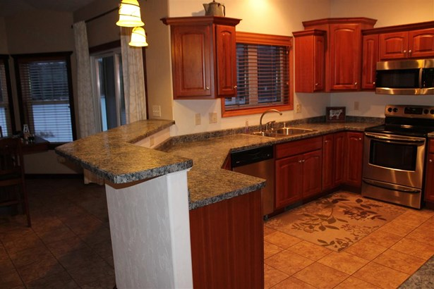 1 Story, Residential - FREMONT, WI (photo 3)