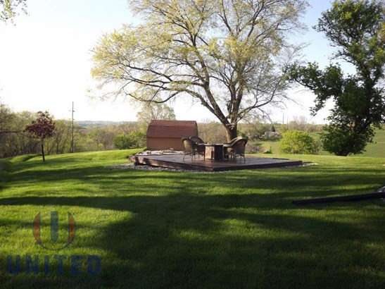 F. Backyard (photo 3)