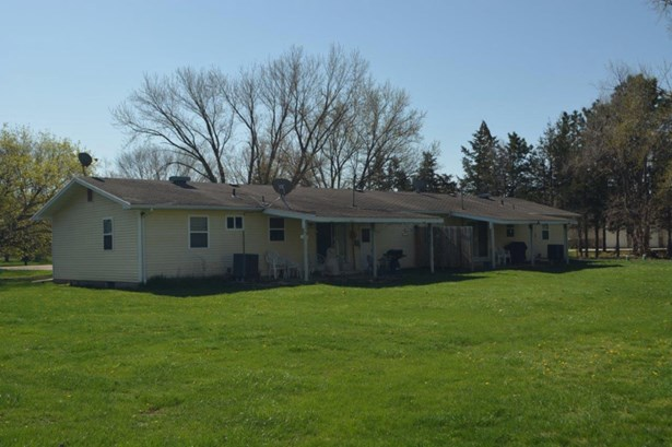 1601 A & B Lake Ave, S Sioux City, NE - USA (photo 4)
