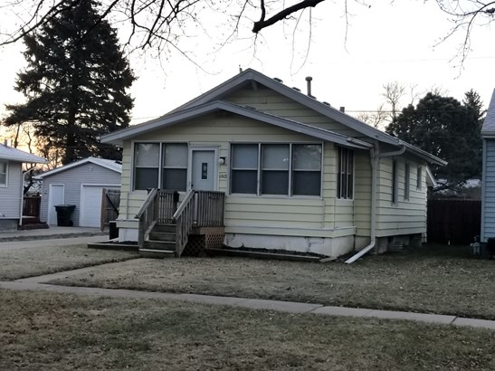 1012 Whitcher Ave, Sioux City, IA - USA (photo 2)
