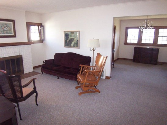 F. Living room - dining room (photo 1)