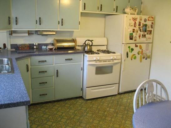 Appliances (photo 3)