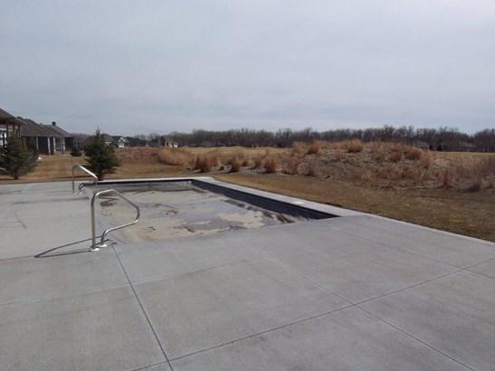 F. Inground pool (photo 3)