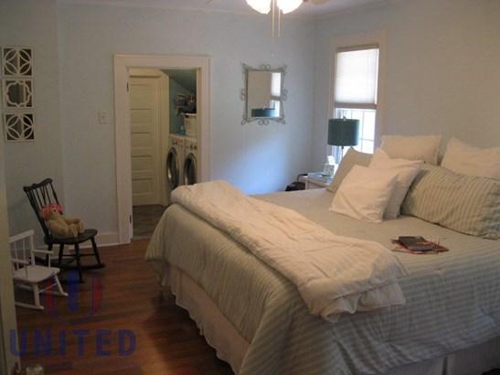 Bedroom & utility (photo 1)