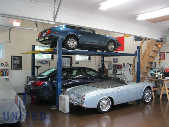 Garage for up to 7 cars (photo 3)