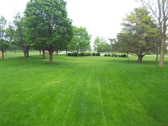 E. Backyard (photo 3)