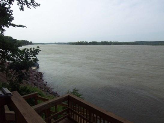 E. River view (photo 2)