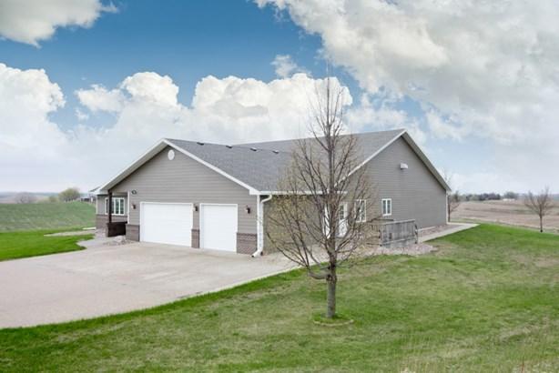 106 Grandy Dr, Sioux City, IA - USA (photo 2)