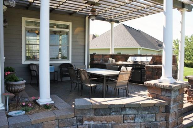 3 seasons porch (photo 3)