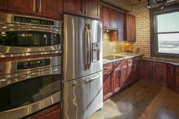 High-end appliances (photo 4)