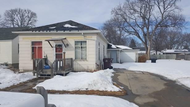 319 E 21st St, S Sioux City, NE - USA (photo 1)
