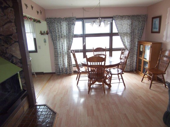 G. Dining room (photo 4)