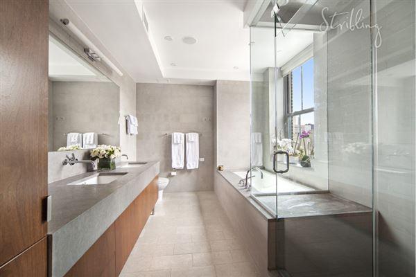 147 Waverly Place 7, New York, NY - USA (photo 3)
