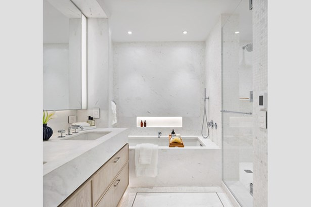 221 West 77th St. Thw, New York, NY - USA (photo 4)