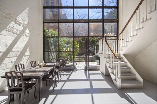 310 West 81st Street, New York, NY - USA (photo 1)