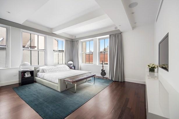 147 Waverly Place 7, New York, NY - USA (photo 5)