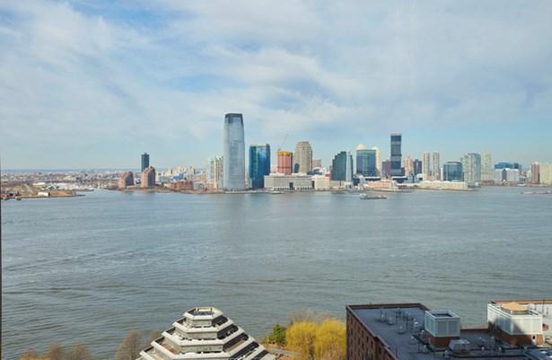 10 West St. 21c, New York, NY - USA (photo 1)