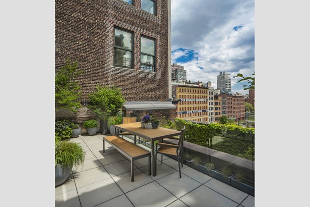 60 Collister Street 5b, New York, NY - USA (photo 2)