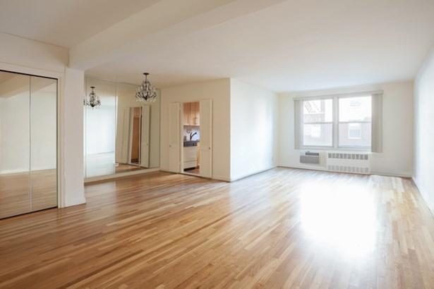 9201 Shore Rd. D205, Brooklyn, NY - USA (photo 4)