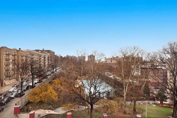 330 West 145th St. 706, New York, NY - USA (photo 2)